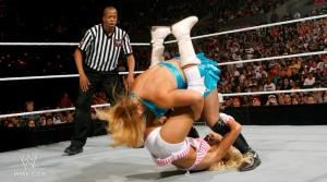 Summerslam 2011 Kelly Kelly vs Beth Phoenix nr24