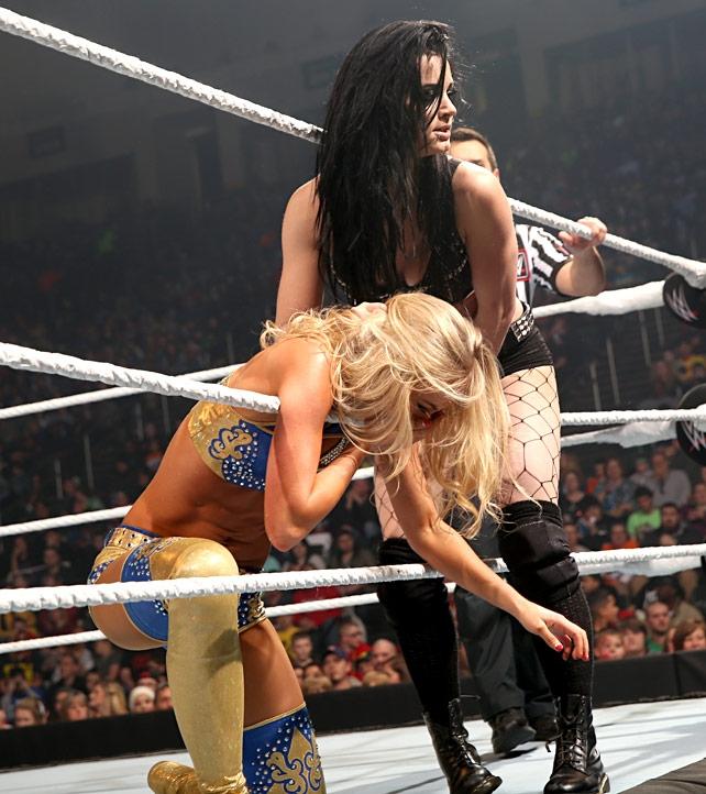 Walka Paige z Summer Rae na gali Smackdown
