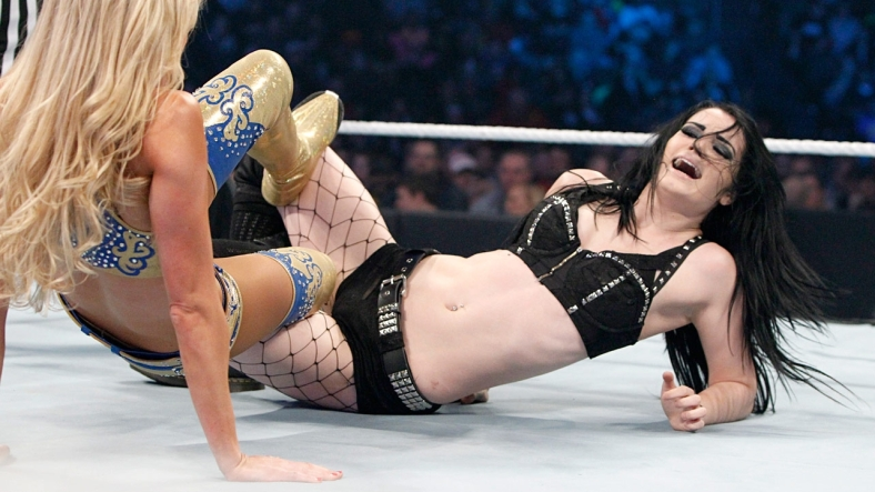 WWE Smackdown 2015.02.12 - Paige vs Summer Rae